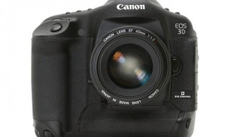 Kamera DLSR 3D Canon