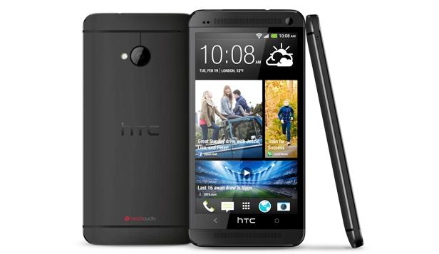 Smartphone HTC One Body Mengkilap