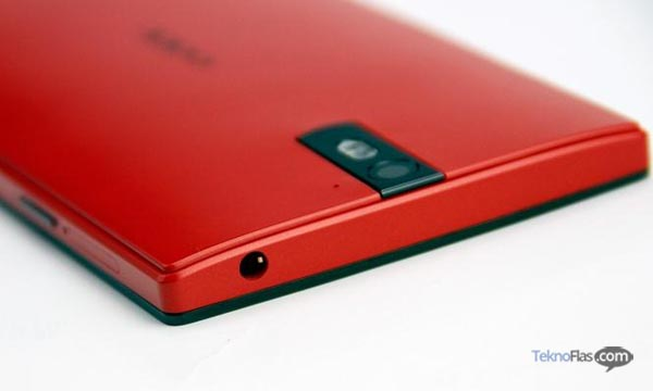 Oppo Find 5 Warna Merah