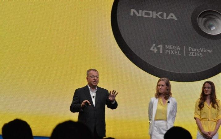 Nokia Lumia 1020 Resmi Diperkenalkan