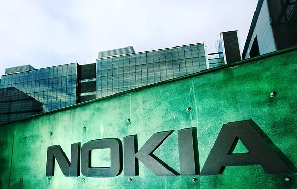 Nokia Lumia 729 Diperkirakan akan Diperkenalkan 28 Agustus Mendatang