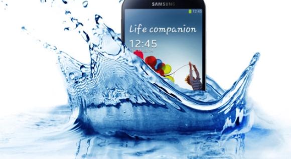 Samsung Tidak Menjamin Galaxy S4 Active akan Tahan Air?
