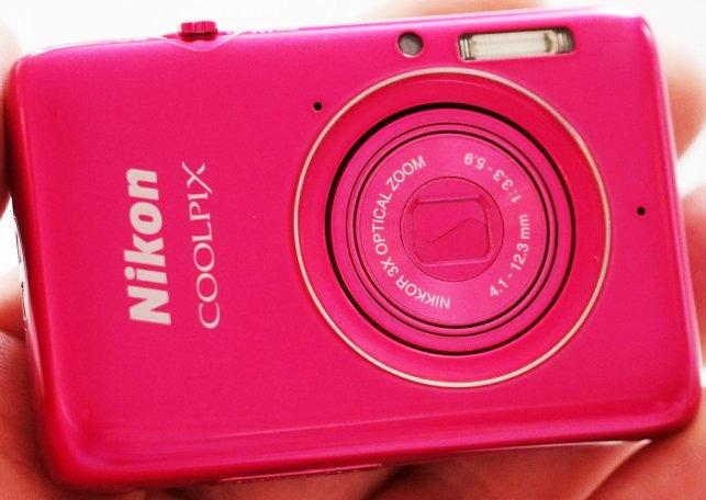 Nikon Coolpix S02, Kamera Mungil 13MP Seharga Rp 2 Jutaan