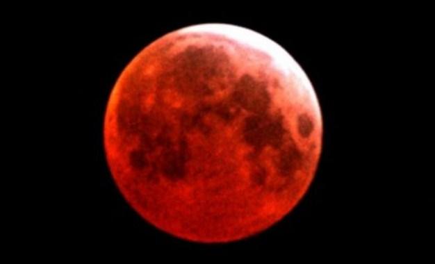 Fenomena Blood Moon Akan Terjadi Nanti dan Besok Malam