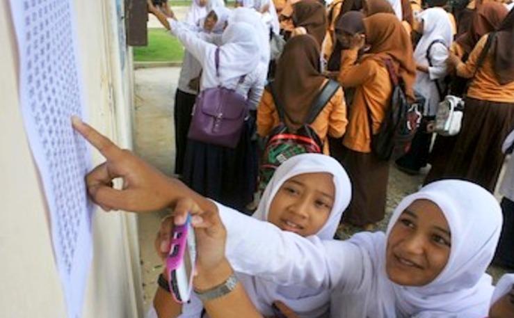 Pengumuman Hasil UN SMP 2014: 100% Siswa SLTP Sukoharjo Lulus Ujian Nasional