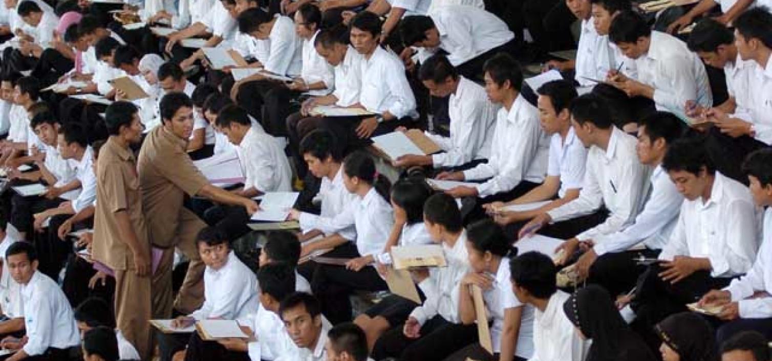 Lowongan CPNS Kemenkes 2014: Perokok Bakal Ditolak Ikut Tes