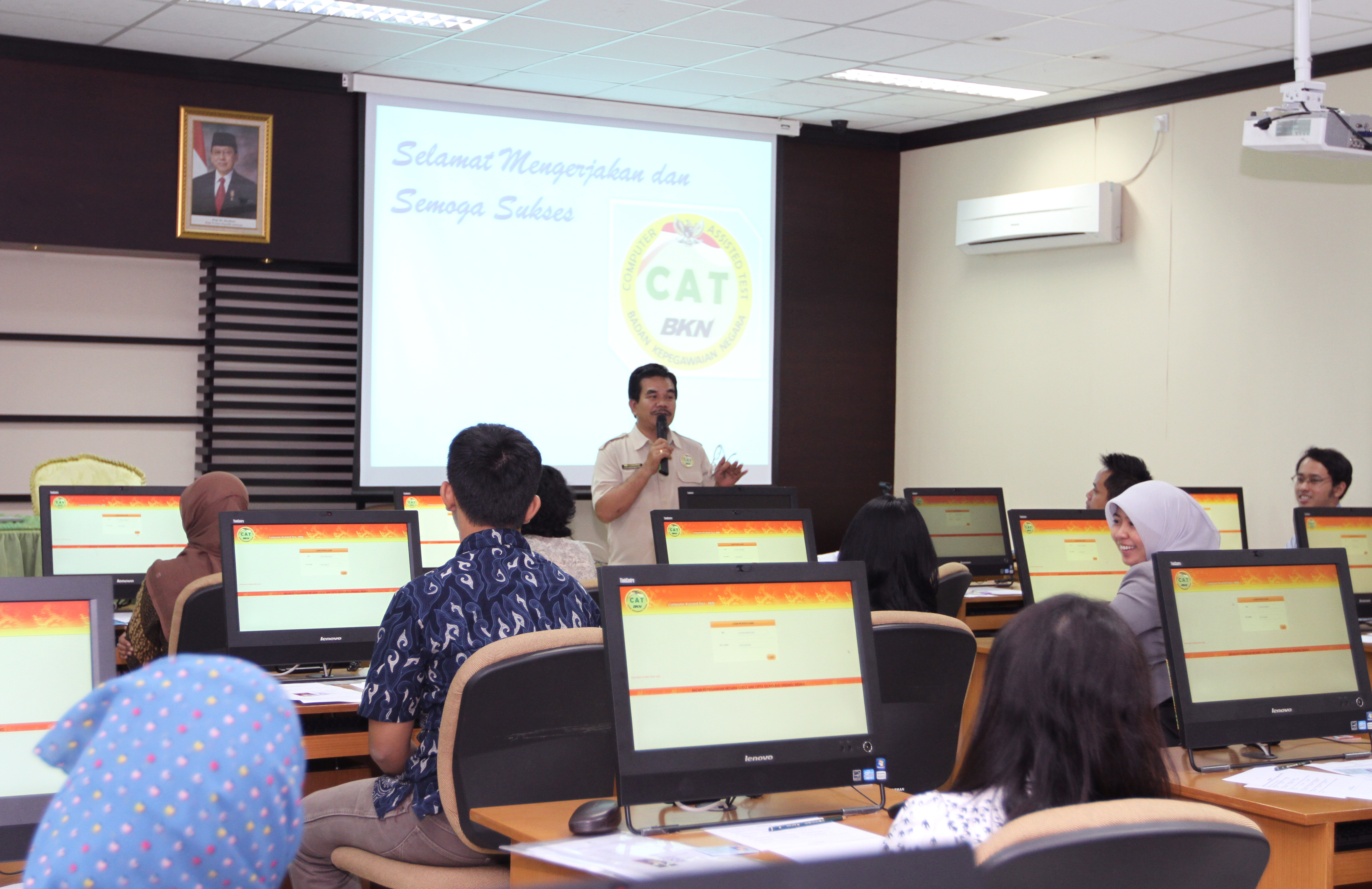 Penerimaan CPNS 2014: Simulasi CAT Online di Launching 20 Agustus