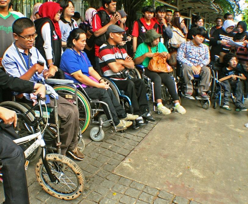 Penerimaan CPNS Kemensos 2014: Penyandang Disabilitas Mendapat 70 Formasi