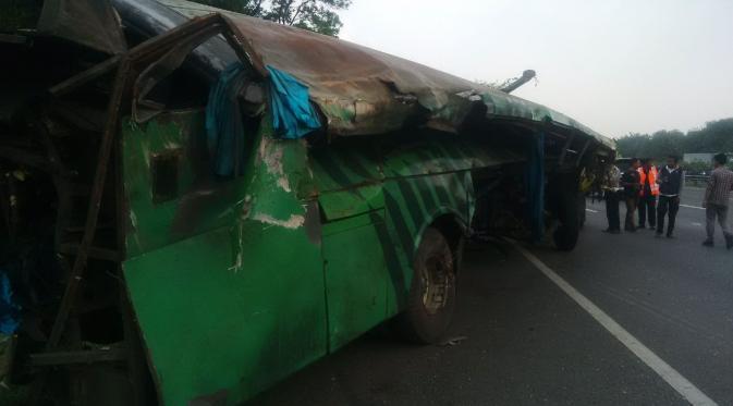 Kecelakaan Maut Tol Jagorawi
