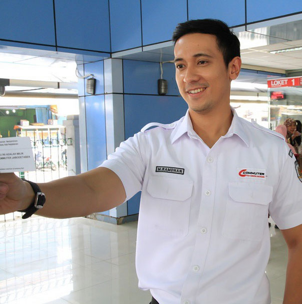 Alamat Instagram Yudi Ramdhan Petugas KRL Ganteng