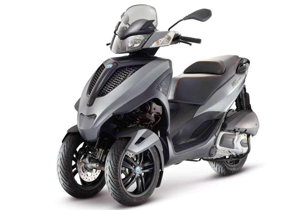 Spesifikasi dan Harga Piaggio MP3 Yourban Sport 300 ie Terbaru Oktober 2014