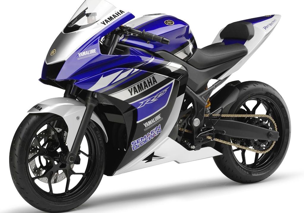Spesifikasi dan Harga Yamaha R25 Terbaru Oktober 2014