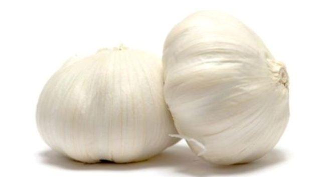 Manfaat Bawang Putih Untuk Mengatasi Sakit Tenggorokan
