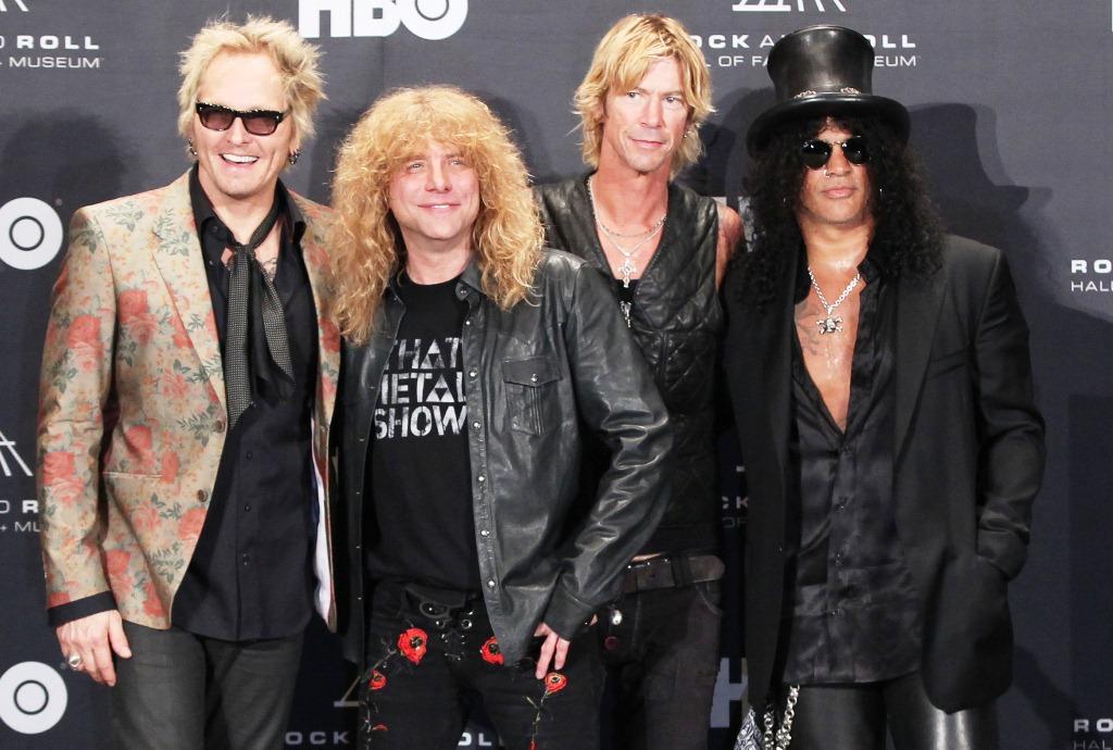 Hapus Kerinduan Penggemarnya Guns N Roses Garap Album Baru