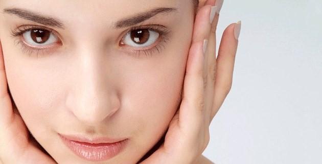 Cara Merawat Kulit Wajah dan Tubuh yang Kering