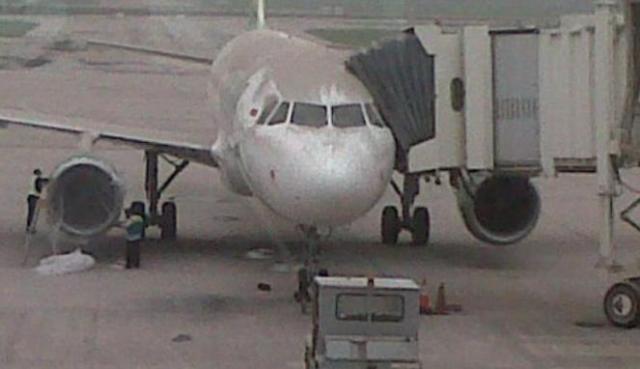 ilustrasi debu vulkanik di bandara