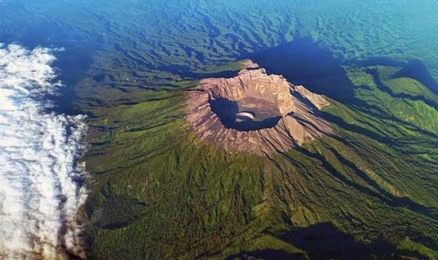 lokasi gunung raung