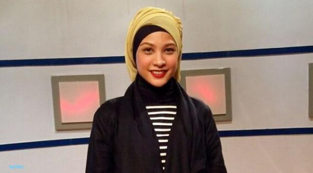 7 Artis Wanita Indonesia Yang Jadi Korban Kamera Mesum