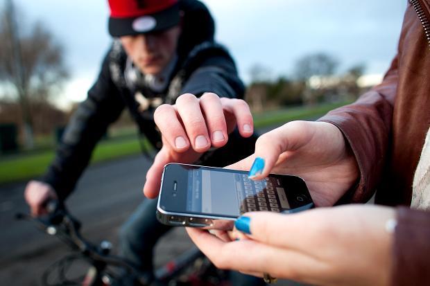 Pencurian Smartphone (doc/thetimes.co.uk)