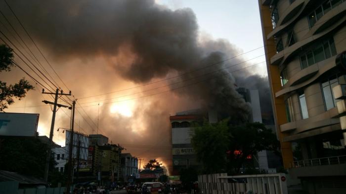 penyebab medan plaza terbakar
