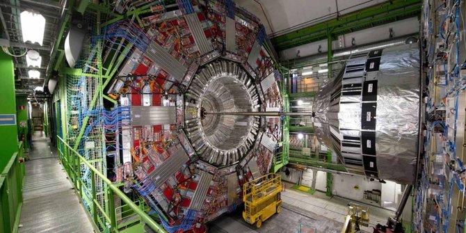 Mesin LHD milik CERN