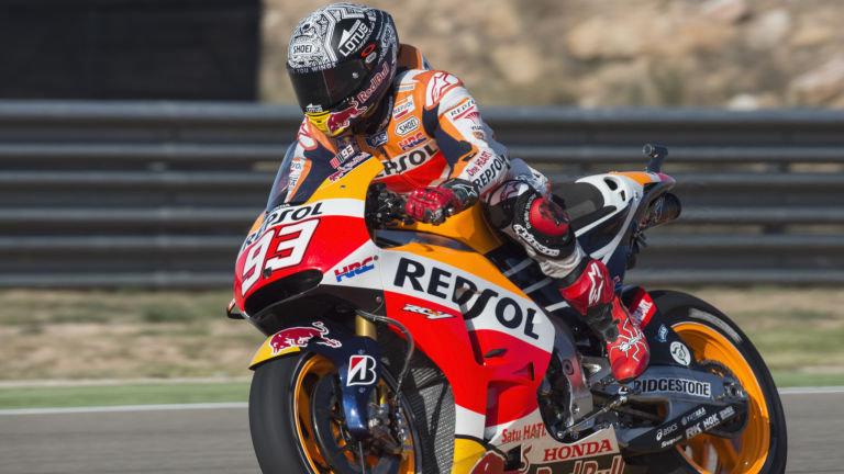 Marc Marquez pimpin pole position MotoGP Aragon 2015