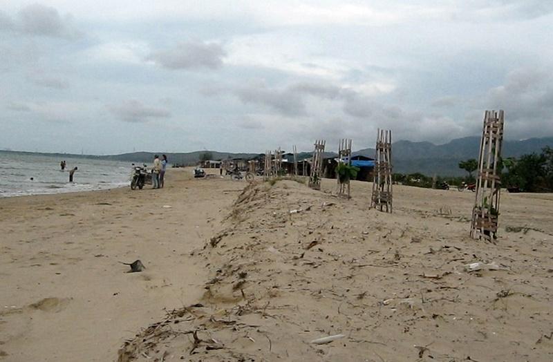 Pantai-Caruban-Lasem-Rembang