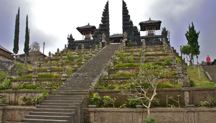 Pura-Besakih-Bali