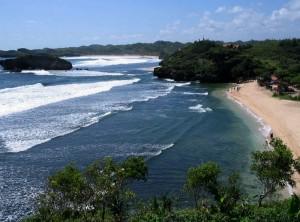 Tempat-Wisata-Romantis-di-Yogyakarta-Pantai-Sundak