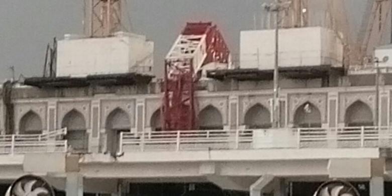 Foto penampakan crane, pemicu musibah di Masjidil Haram