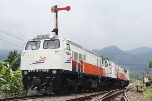 kereta api co id
