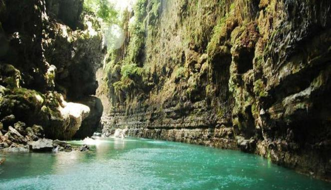 163243_green-canyon-di-jawa-barat_663_382