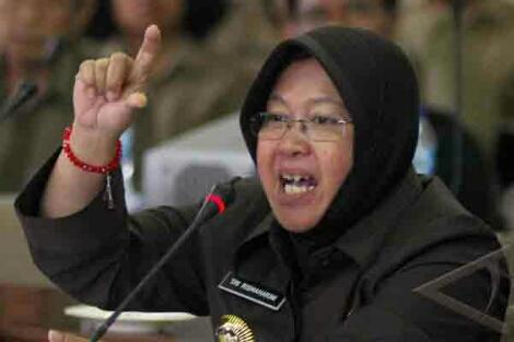 keanehan kasus risma walikota surabaya