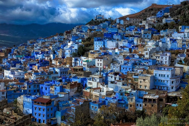 the-blue-city-of-chefchaouen-in-morocco-oc--40996