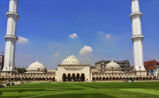 tiga masjid populer Bandung