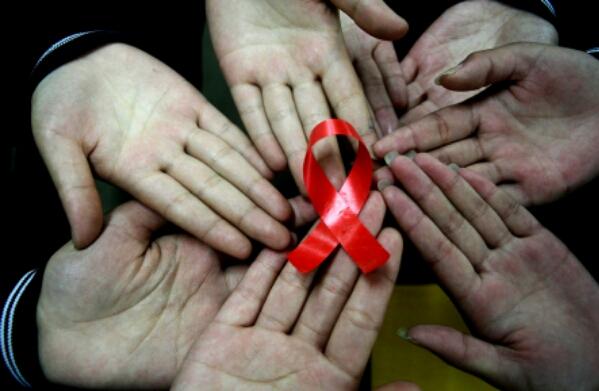 8 mitos salah HIV