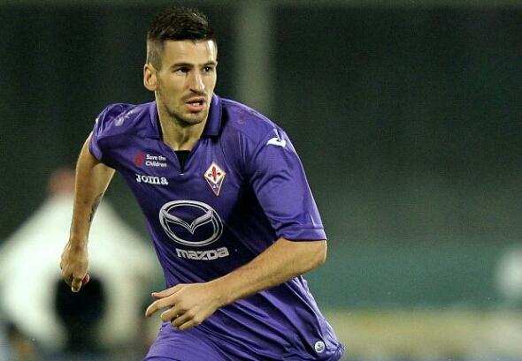 Tomovic Dibidik AC Milan jelang kontrak habis