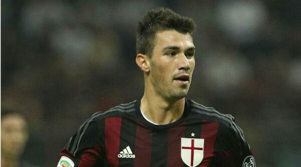 AC Milan cari duet sejati Romagnoli