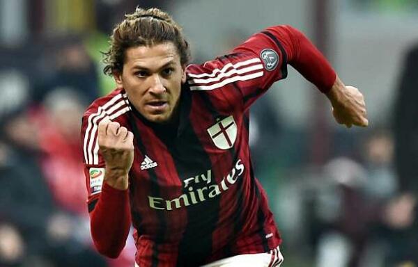 Batal ke Genoa, Cerci tetap di AC Milan