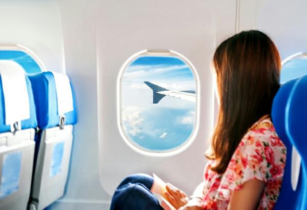Tips Naik Pesawat Ke Luar Negeri Bagi Pemula