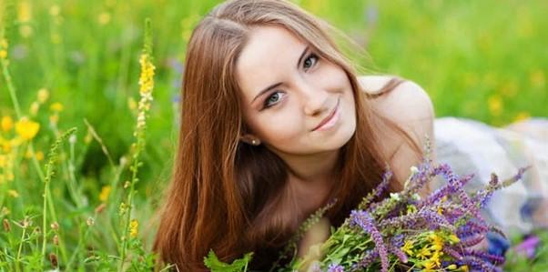 kecantikan wajah wanita